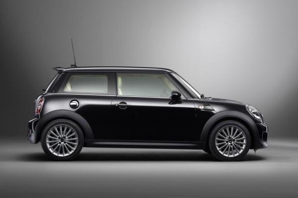 4 модели MINI стали лидерами рейтинга вторичного авторынка 2014 года