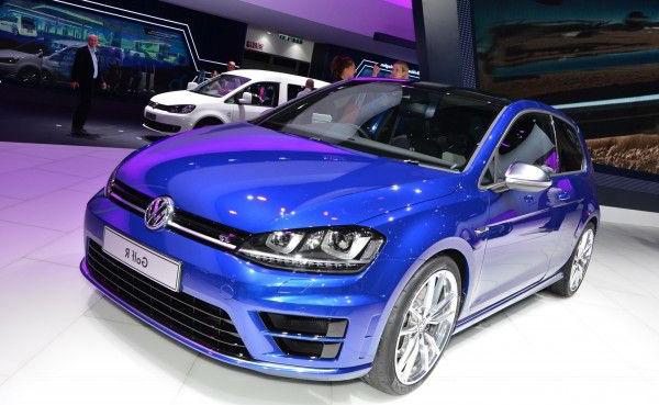 Volkswagen Golf-R - был показан широкой публике