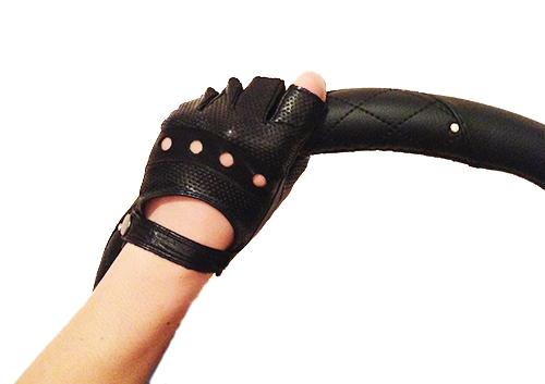 Женските перчатки для вождения
