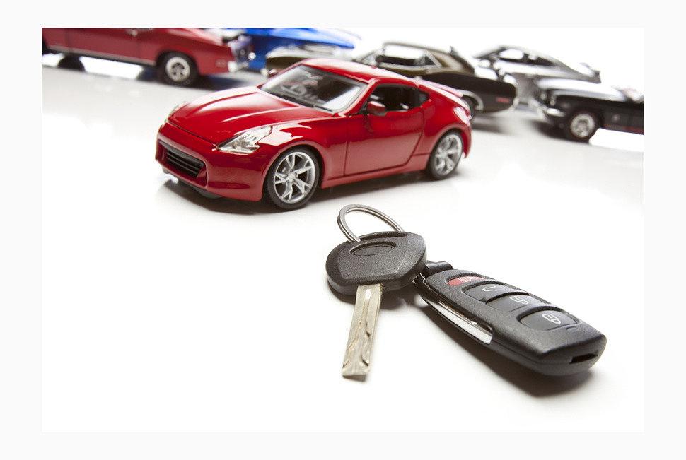 По результатам 2015 года россияне купили автомобилей на общую сумму в 1,8 триллиона рублей