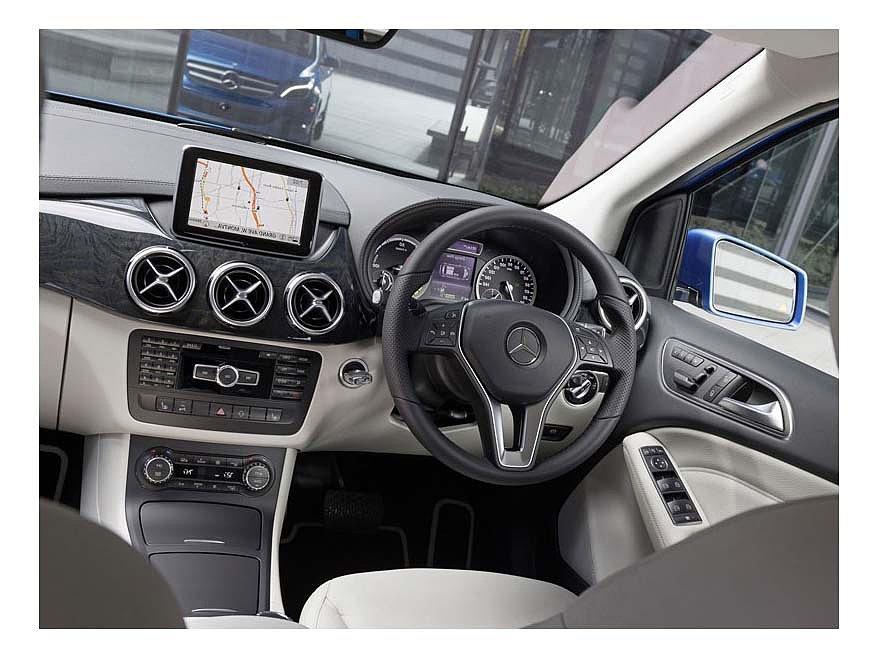 Mercedes электрокар B-Class 2014 года.