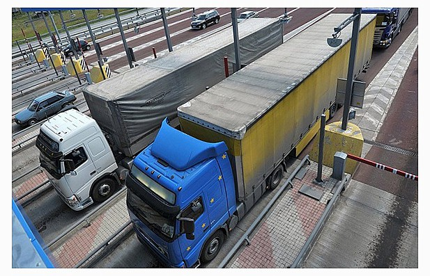 Многие регионы РФ хотят плату за проезд грузовиков