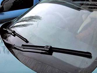 щетки стеклоочистителей автомобиля
