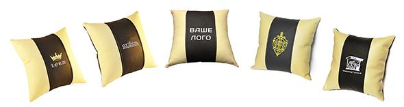 подушка из экокожи с логотипо марки авто автомобильная подушка с логотипом в машину